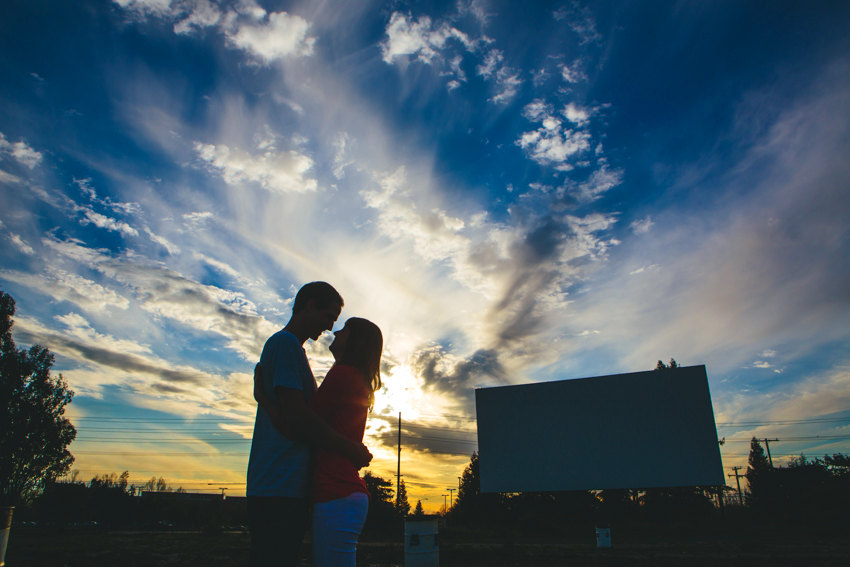 Drive in engagement session 016 photo